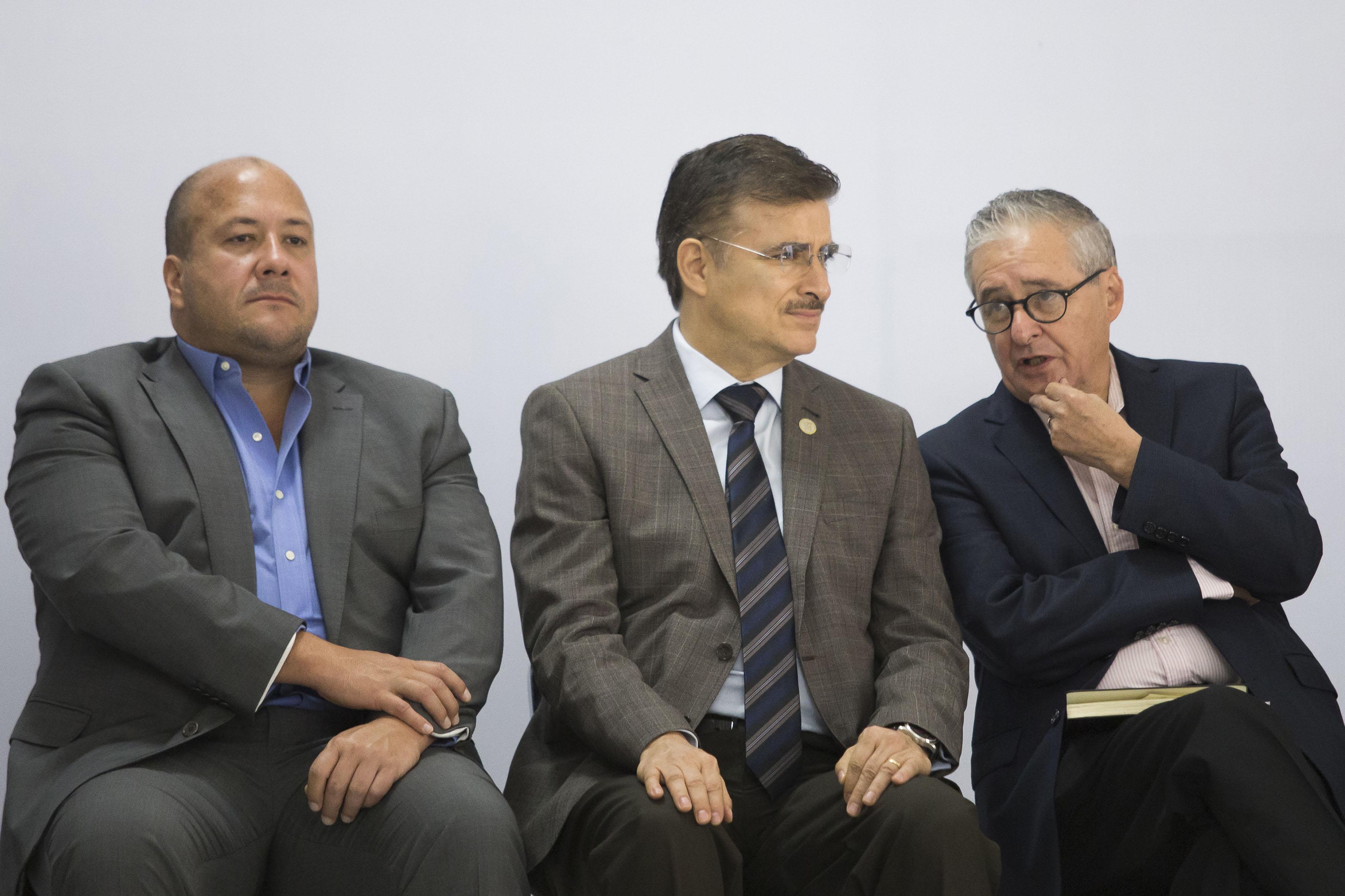 Presidente Municipal de Guadalajara, maestro Enrique Alfaro Ramírez, y Rector General de la Universidad de Guadalajara, maestro Itzcóatl Tonatiuh Bravo Padilla.