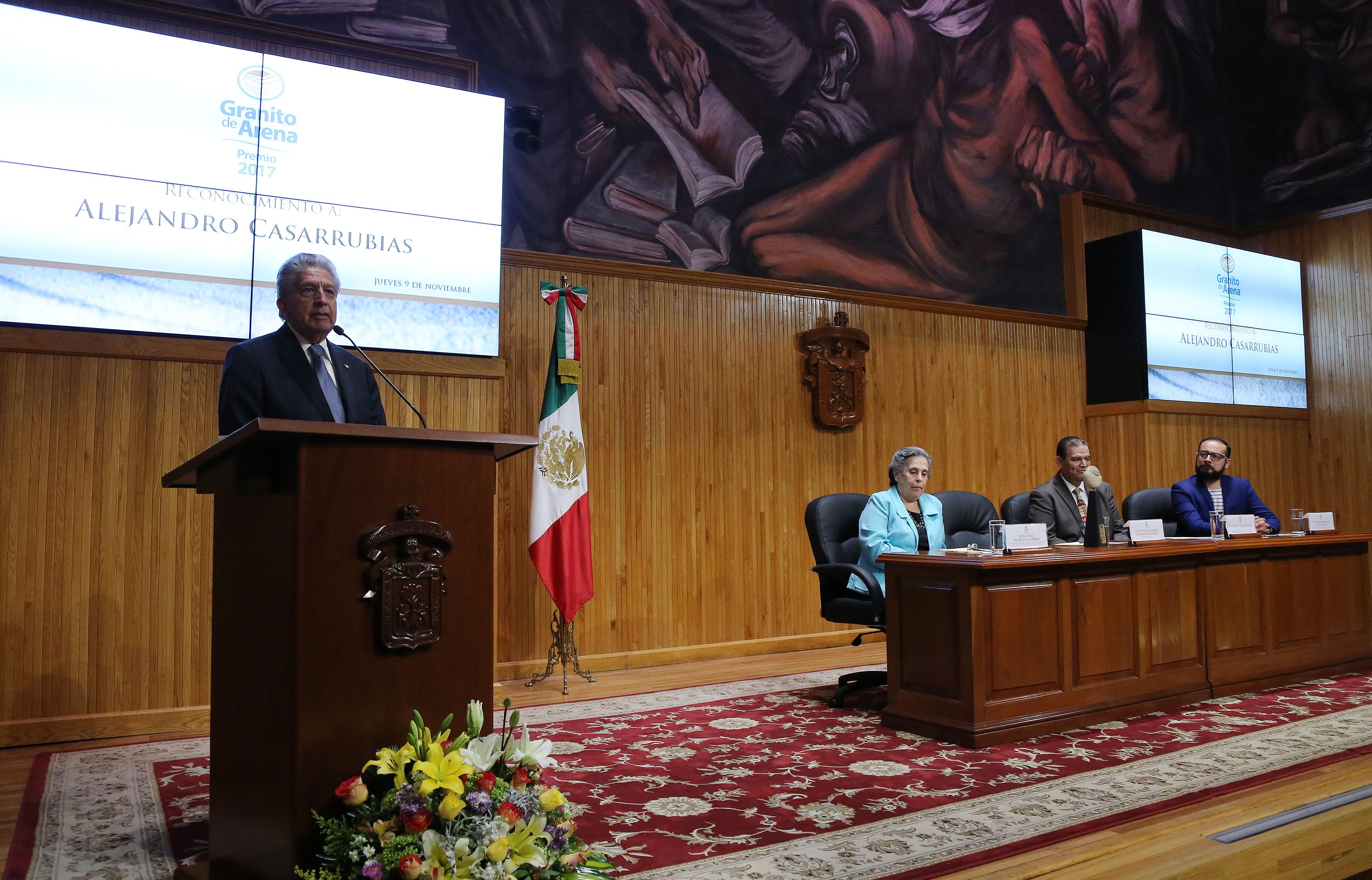 Lic.  Octavio Alejandro Casarrubias Jiménez, haciendo uso de la palabra