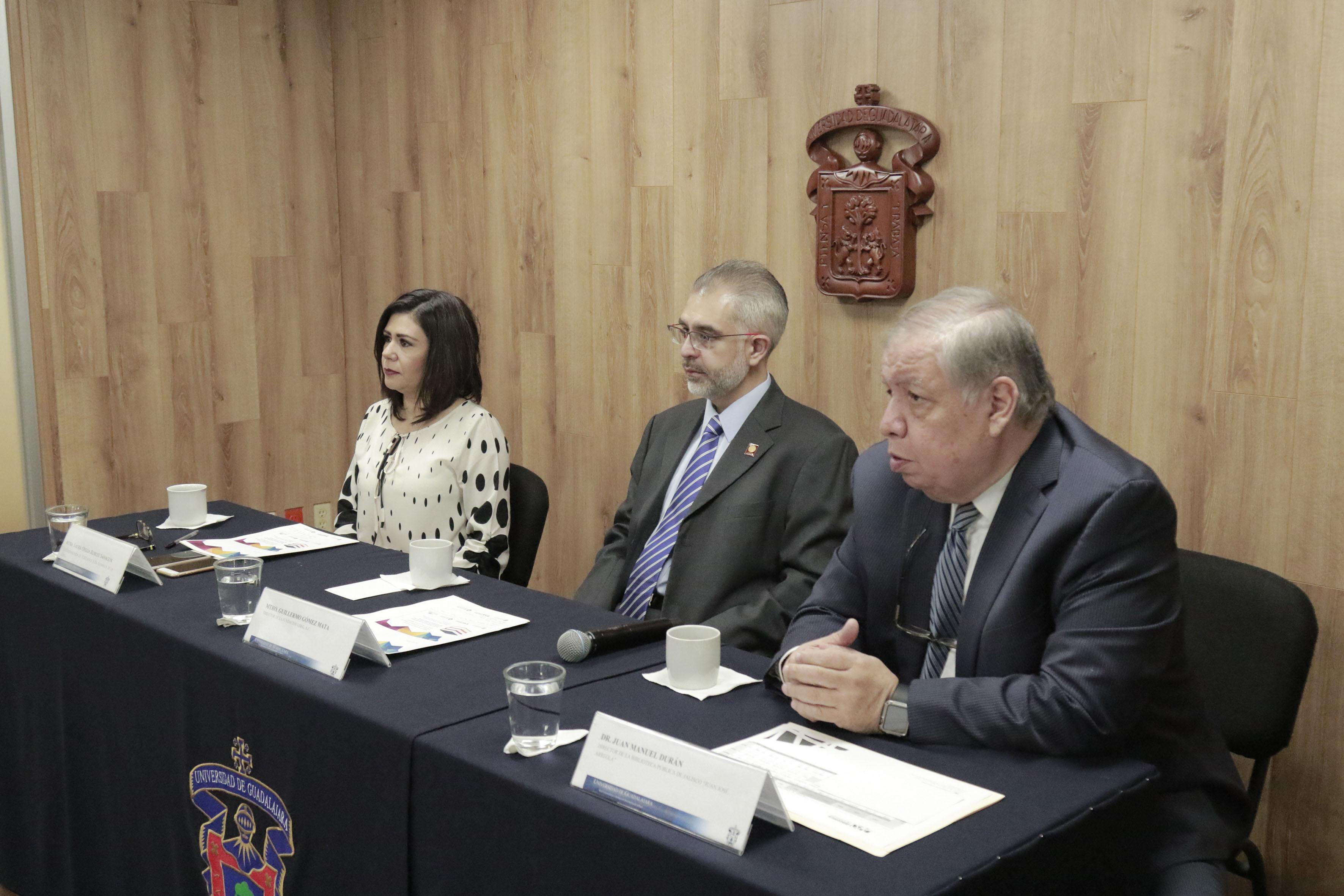 Director de la BPEJ, doctor Juan Manuel Durán Juárez, haciendo uso de la palabra en rueda de prensa