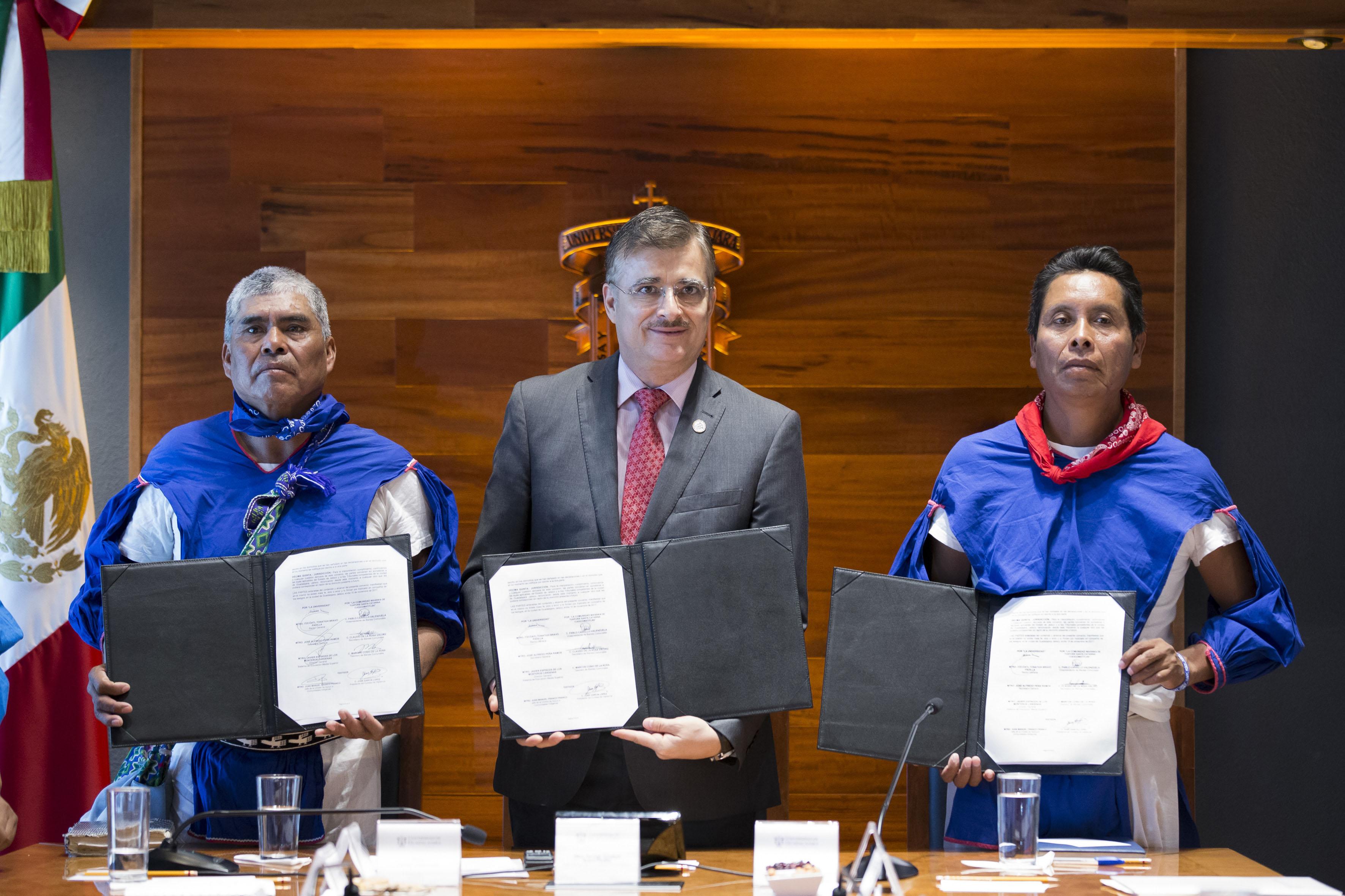 Universidad de Guadalajara (UdeG) firmó un convenio de colaboración con la comunidad de Santa Catarina Cuexcomatitlán, del Municipio de Mezquitic, Jalisco.
