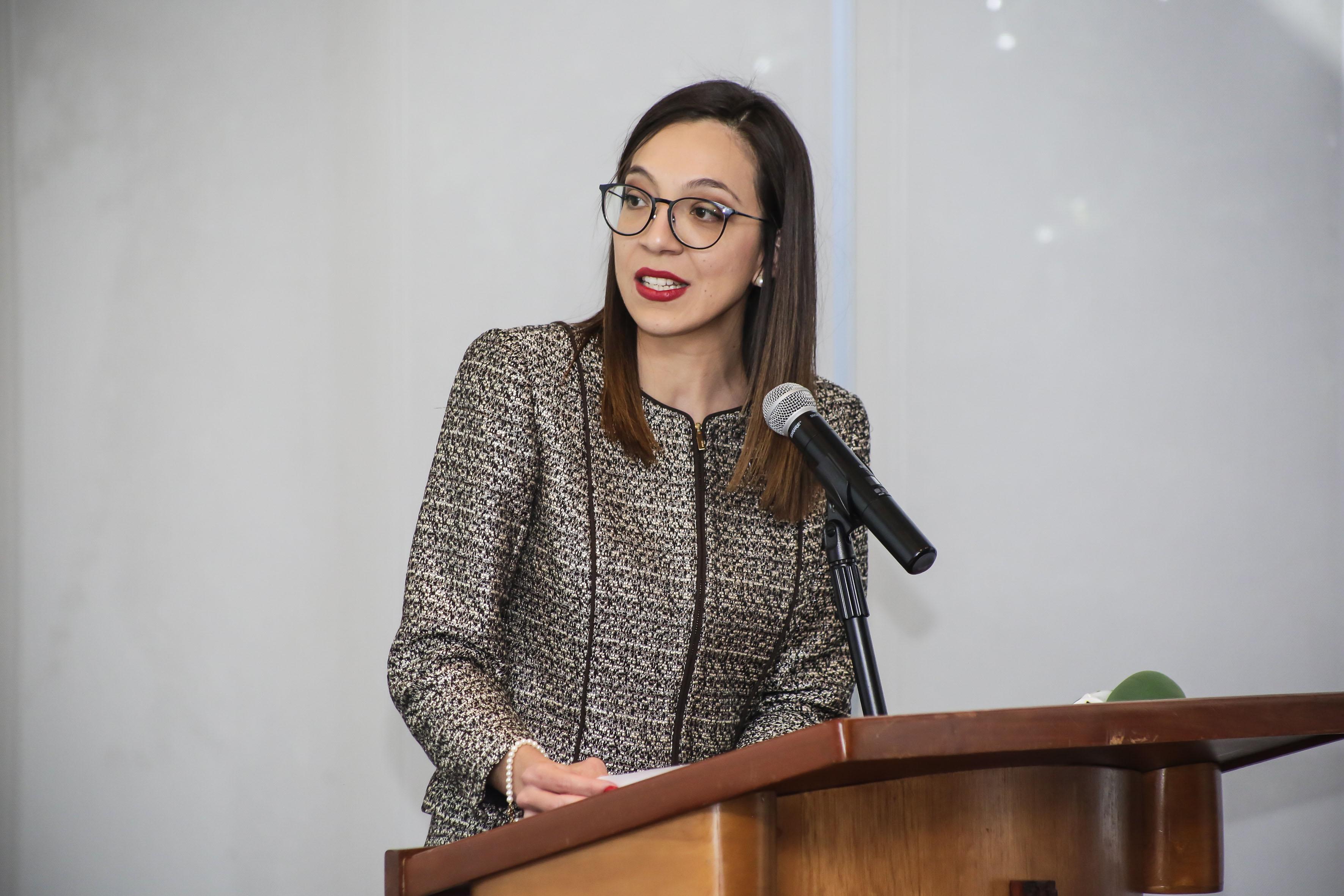 Directora de Relaciones Internacionales de la ANUIES, Brenda Elizabeth Galaviz Aragón, haciendo uso de la palabra