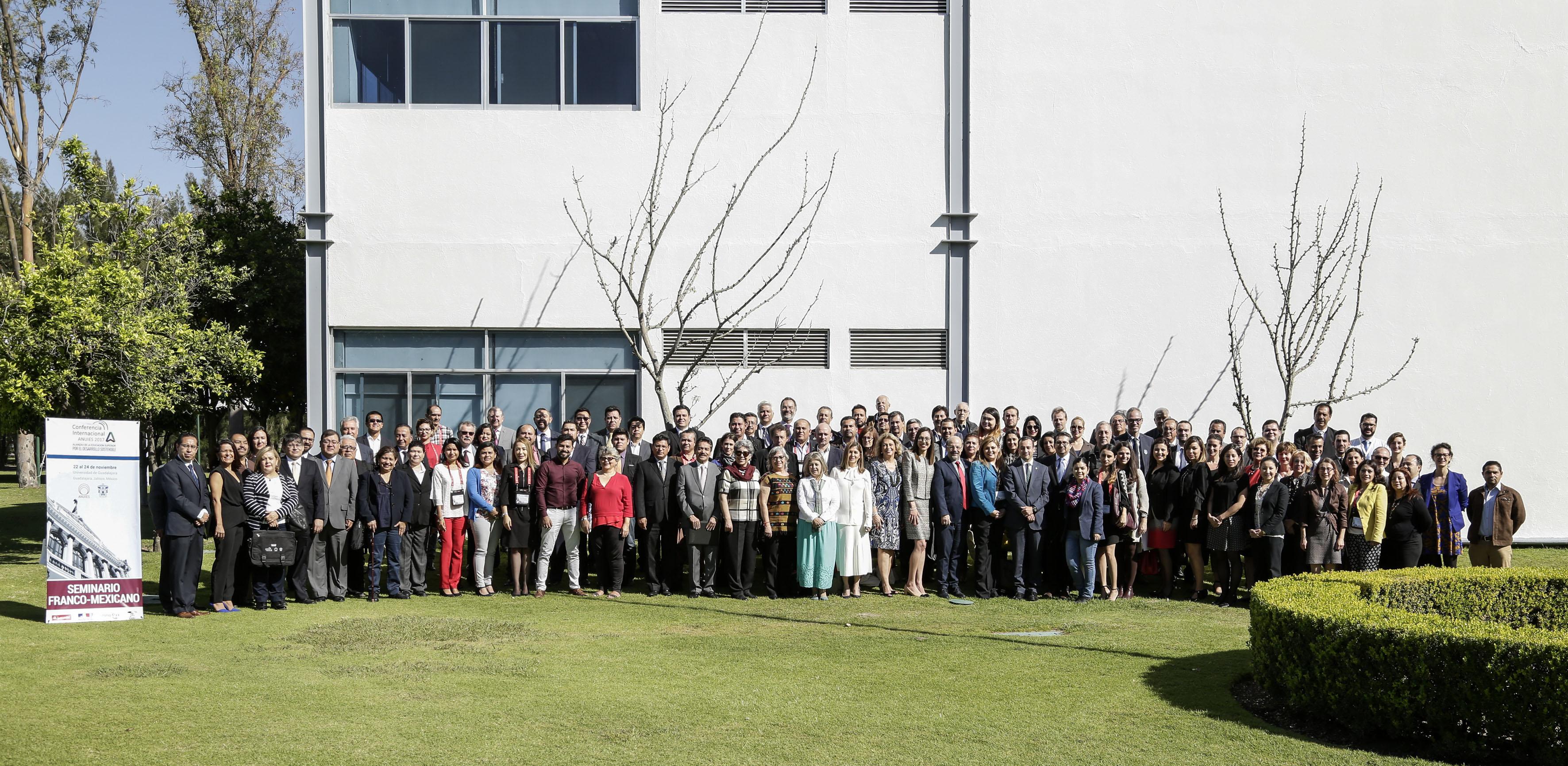 Participantes al Seminario Franco-Mexicano de Cooperación Universitaria e Innovación