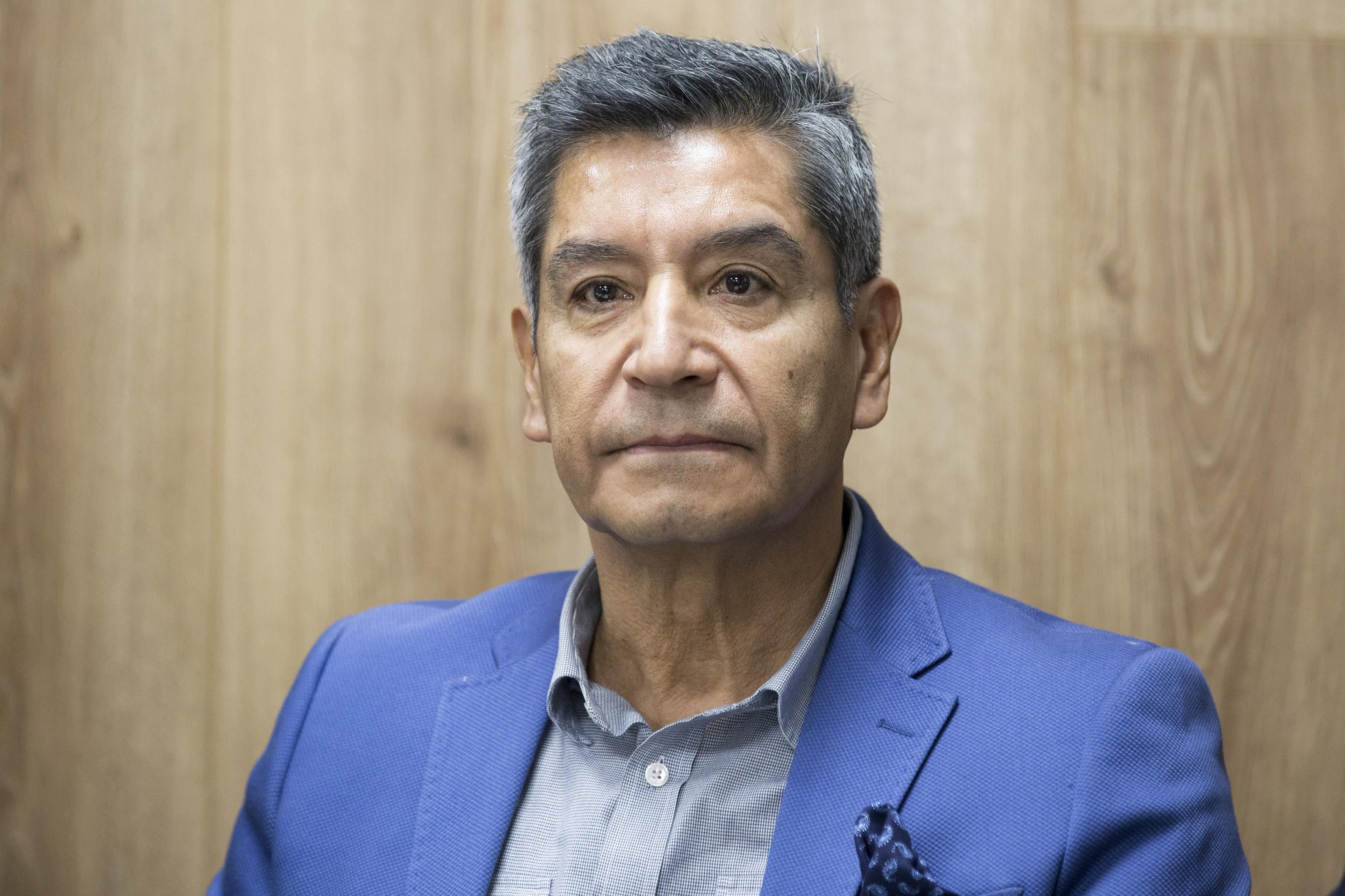 Mtro. Victor Manuel Ramirez Anguiano participando en rueda de prensa