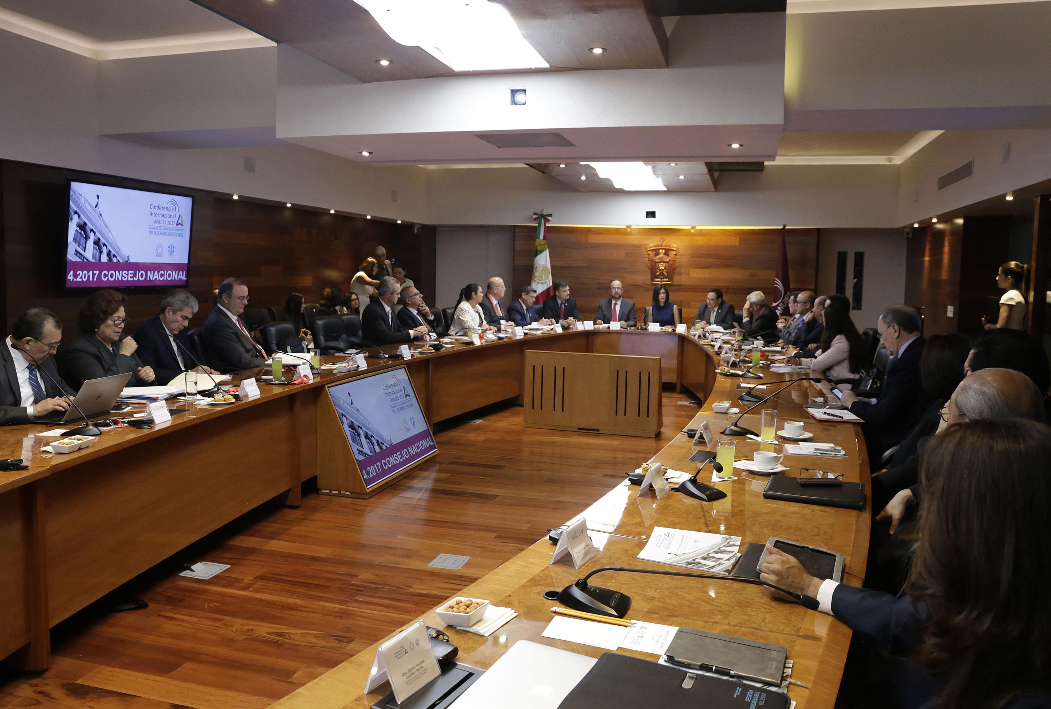 Firma de convenio de colaboración con el Instituto Nacional de las Mujeres