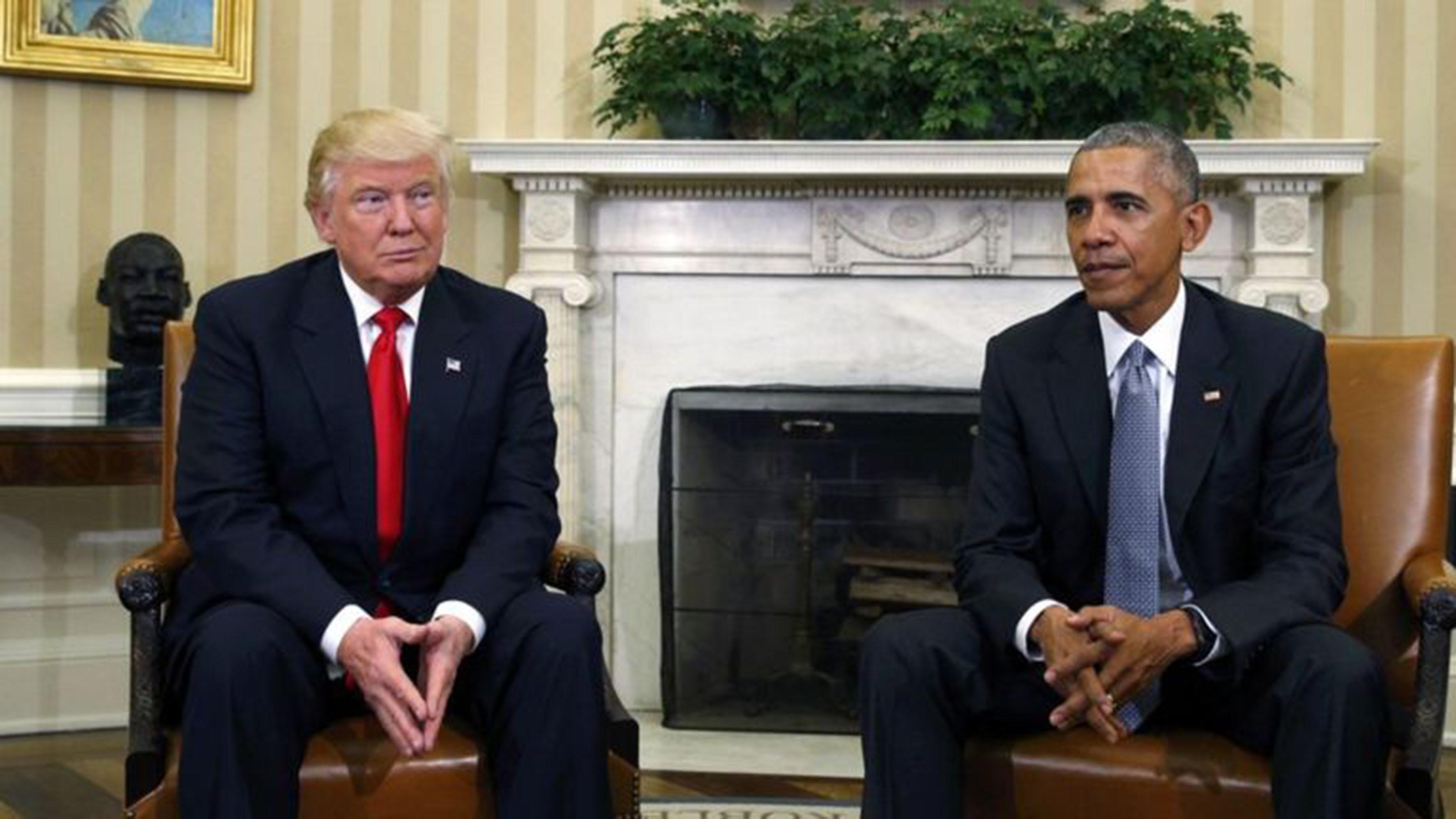 Presidente de Estados Unidos, Donald Trump y antecesor del mismo país, Barak Obama