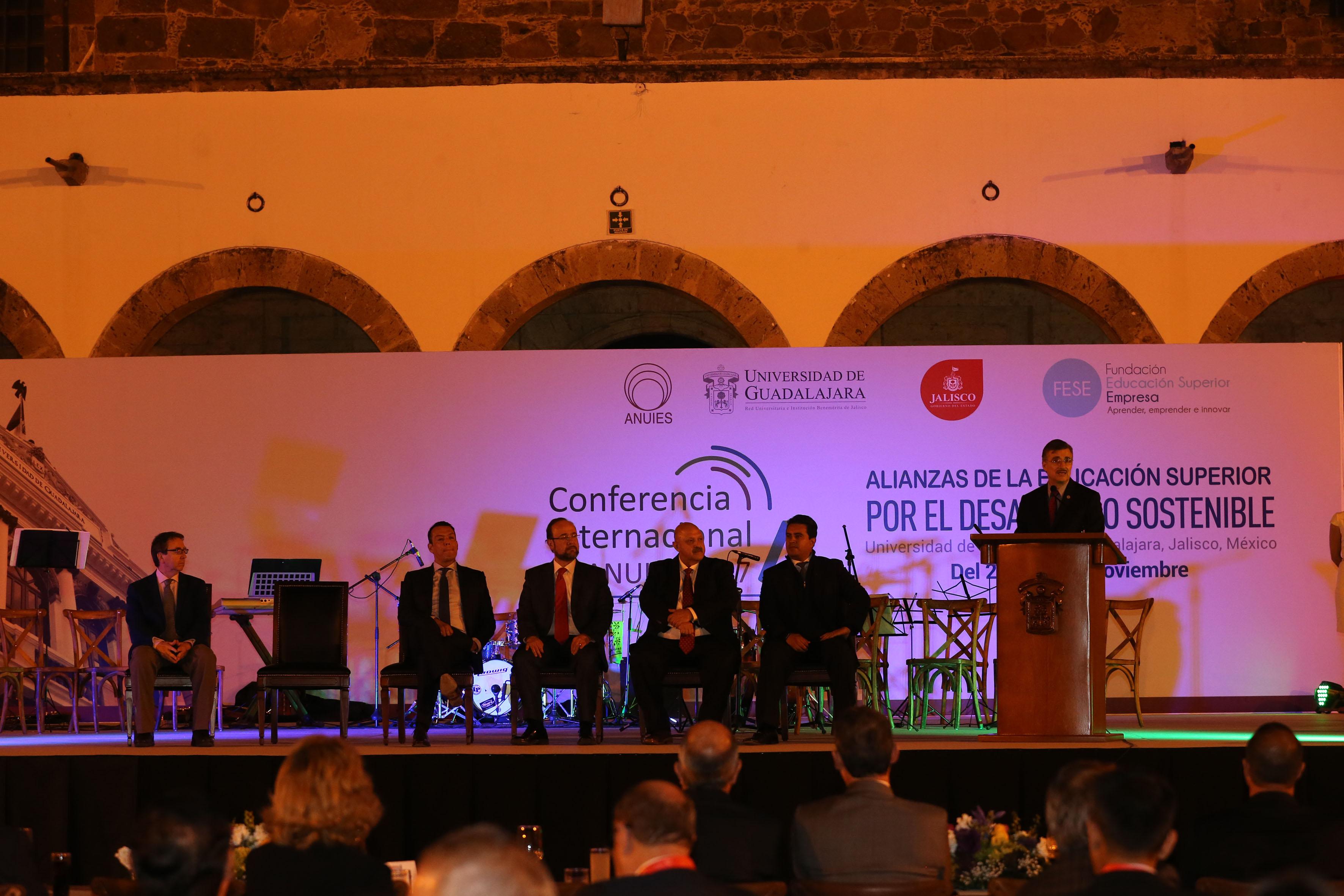 Sesión Ordinaria de la Asociación Nacional de Universidades e Instituciones de Educación Superior (ANUIES), realizada en el Instituto Cultural Cabañas.