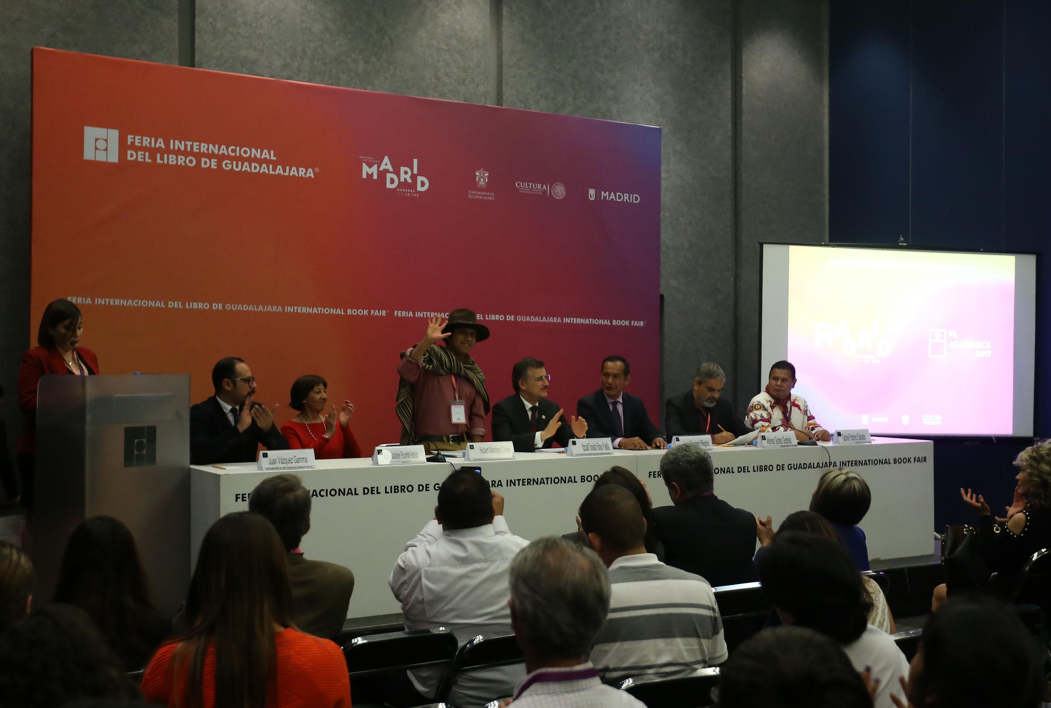 Ceremonia de premiación, en el marco de la Feria Internacional del Libro de Guadalajara (FIL 2017),
