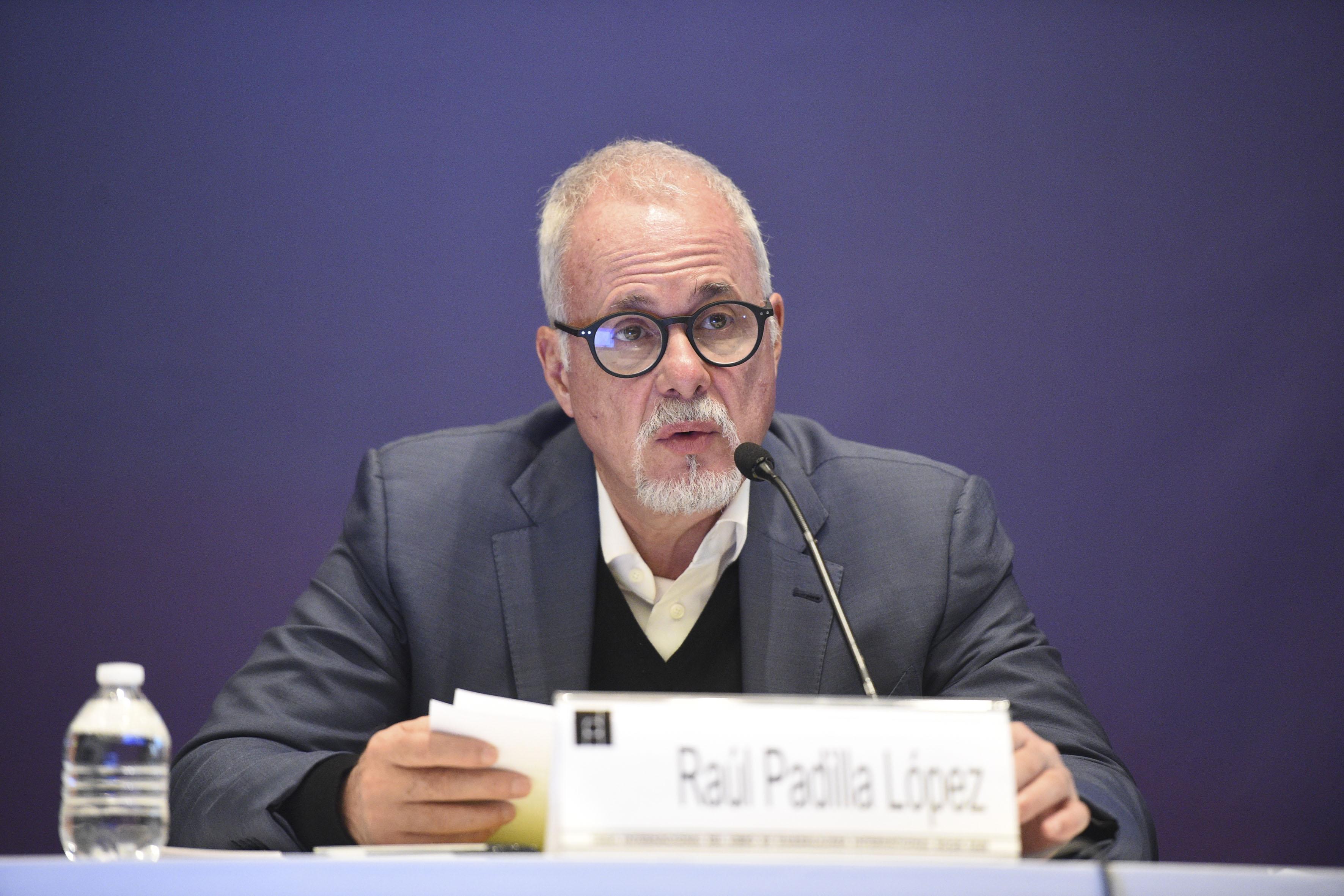 Presidente de la feria, licenciado Raúl Padilla López, haciendo uso de la palabra