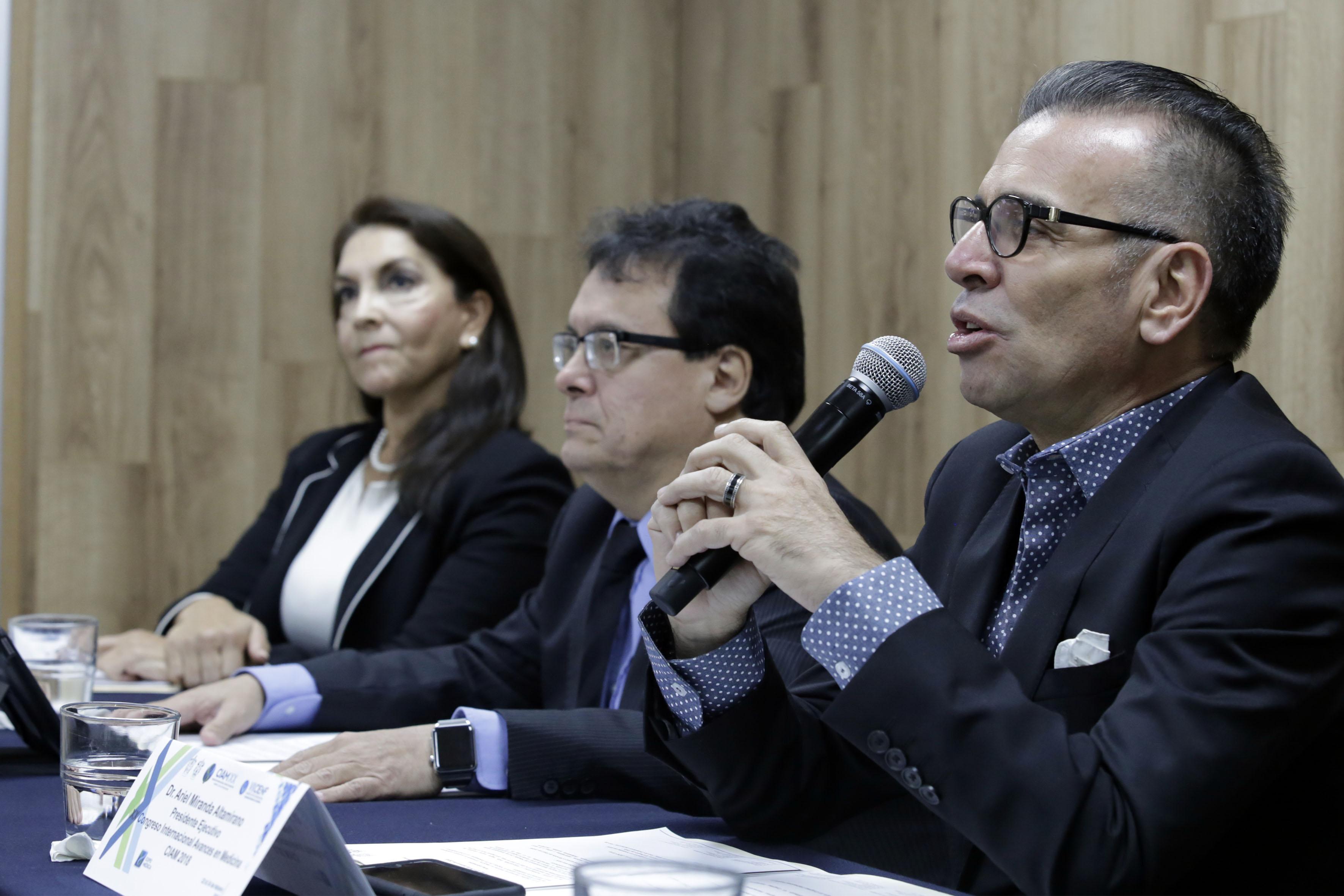 Dr José de Jesús González Jaime, coordinador del Módulo de Medicina de Rehabilitación del CIAM 2018, haciendo uso de la palabra