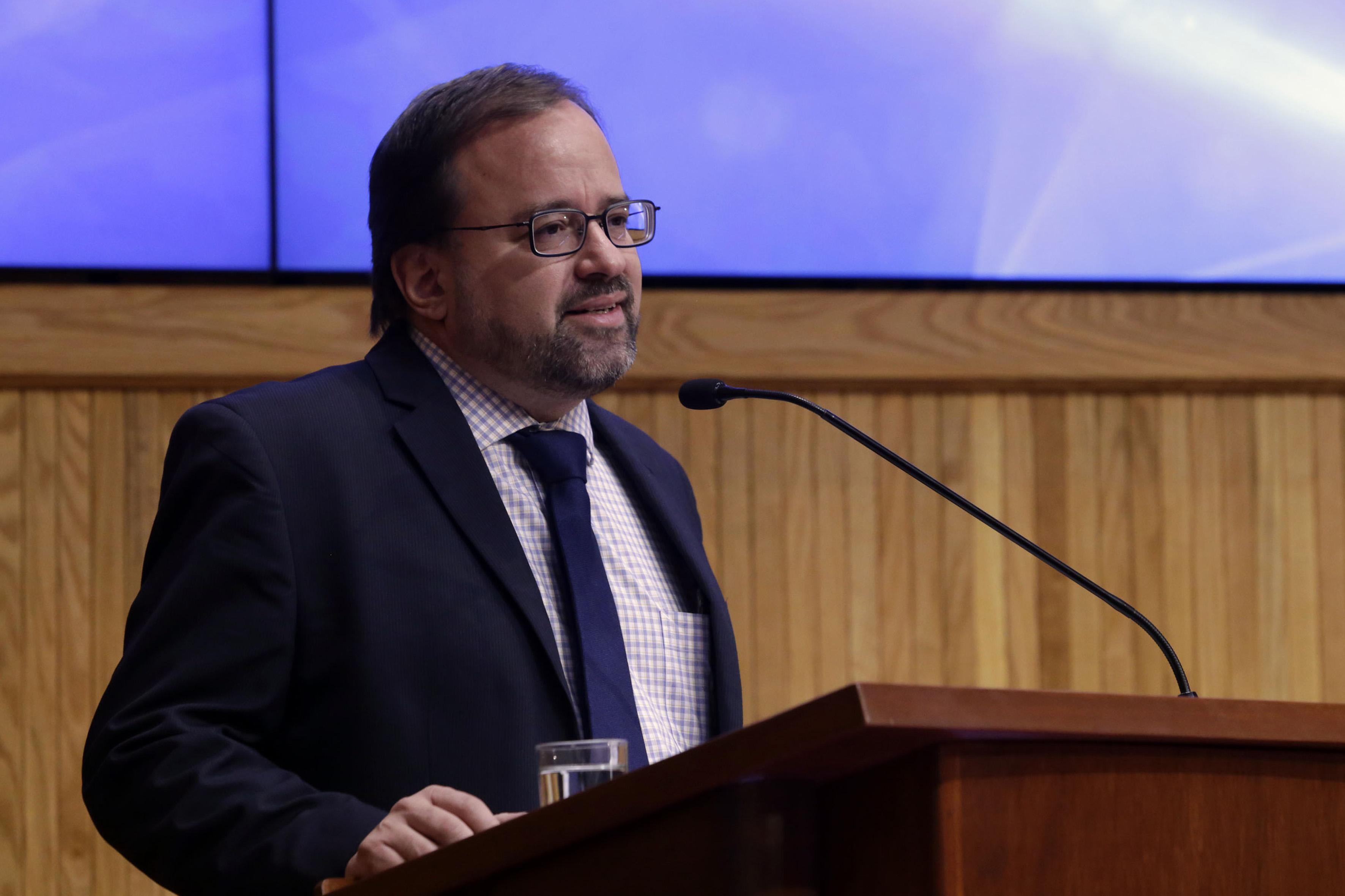 Mtro.  Rubén Juan Sebastián García Sánchez, titular de la Coordinación General de Planeación y Desarrollo Institucional (Copladi) de la UdeG, haciendo uso de la palabra