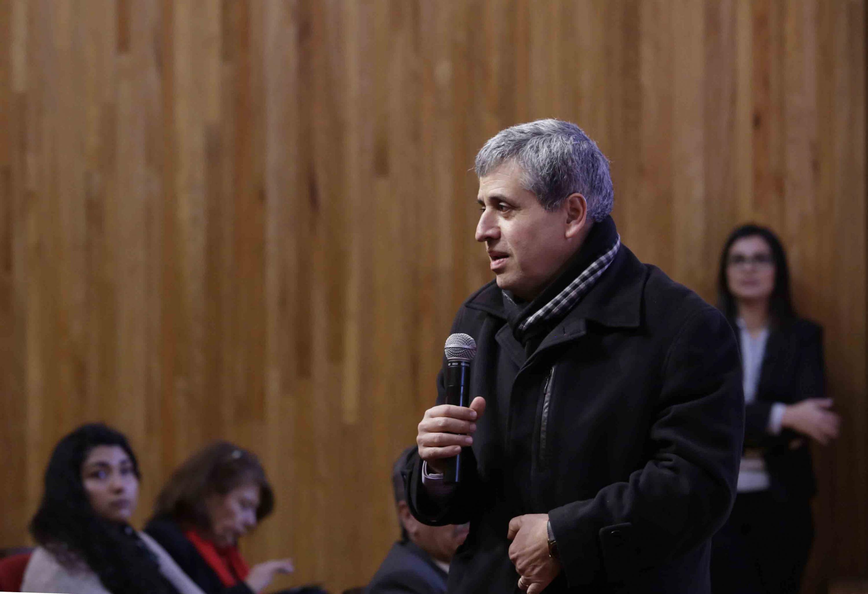 Rector del CUCSH, doctor Héctor Raúl Solís Gadea, haciendo uso de la palabra