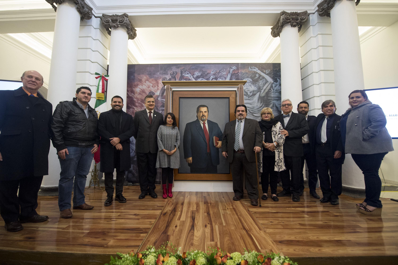 Develación del retrato al óleo del doctor Marco Antonio Cortés Guardado, como exrector de la Universidad de Guadalajara, durante el periodo de 2008 a 2013