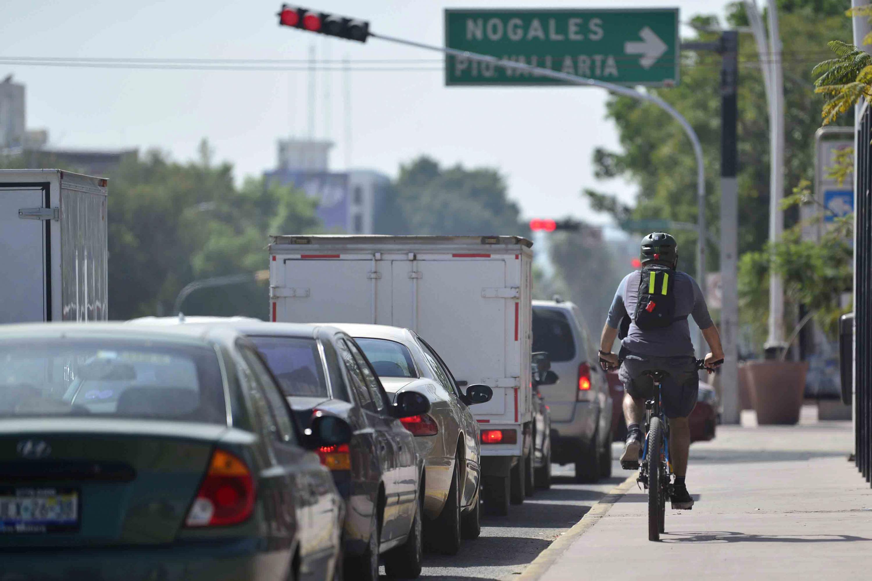 La investigadora señala que el uso de la bicicleta es una de las actividades del gusto tapatío.