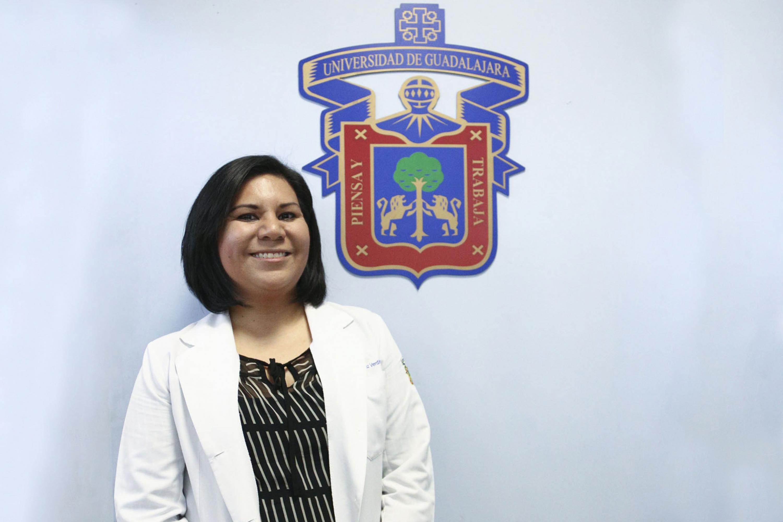 Doctora en Biología Molecular, Sandra López Verdín, del Centro Universitario de Ciencias de la Salud (CUCS)