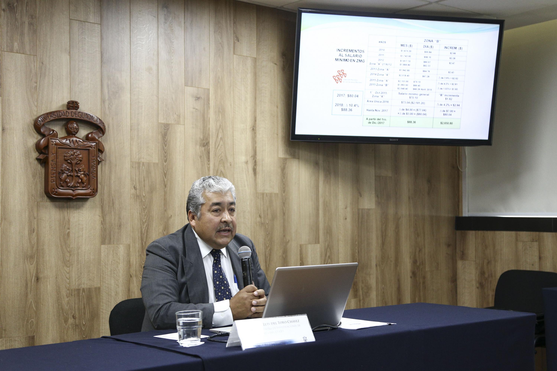 Centro Universitario de Ciencias Económico Administrativas, convoca rueda de prensa para informar sobre la inflación de diciembre 2017.