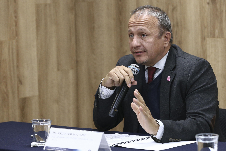 Jefe del Departamento de Derecho Privado del CUCSH, doctor Rogelio Barba Álvarez.