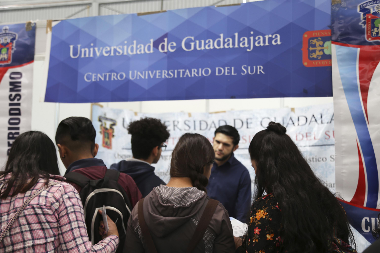 pensamientos sobre sitio oficial mejor precio Realizan XIX Expo Profesiones 2018 en Calle 2 | Universidad ...
