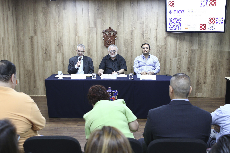 En la presentación estuvieron los directores de Fundación UDG, FICG 33 y Centro Cultural Diana