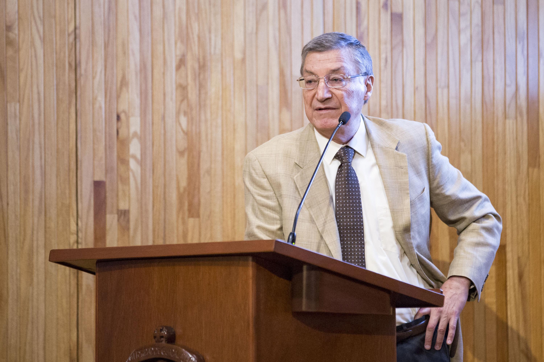 """Doctor Gustavo Vega Cánovas, Secretario General de El Colegio de México (Colmex), en la conferencia """"Estados Unidos"""""""