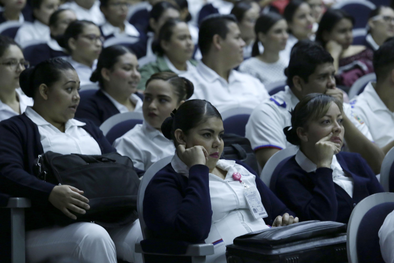 Acudieron al simposio estudiantes de enfermería de la UdeG