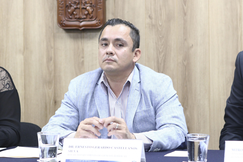 Doctor Ernesto Gerardo Castellanos Silva, Jefe del Departamento de Ciencias Jurídicas del centro universitario de Tonalá