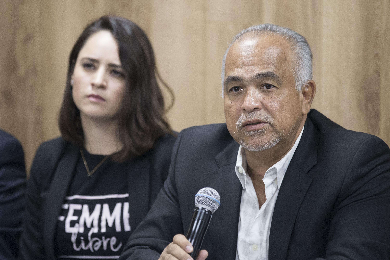 El licenciado Montalberti Serrano Cervantes es Coordinador de Seguridad Universitaria hablo a la prensa