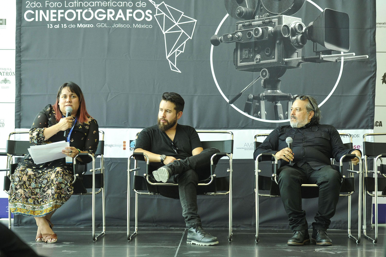 Rueda de prensa, en la que se dió a conocer el segundo Foro Latinoamericano de Cinematógrafos.