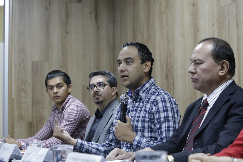 Jesús Medina informa las acciones del programa Sangre de León