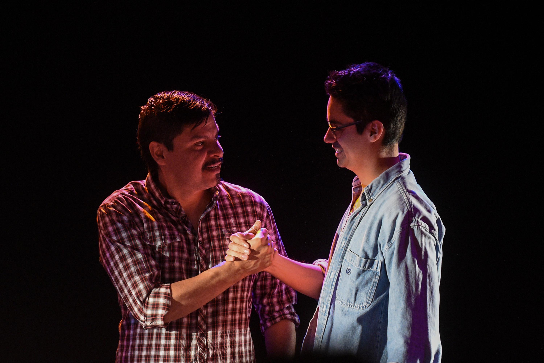 Fernando Sakanassi del Montaje Escénico impartido por Teatro Nómada (Taller) acompañado de Javier Rodriguez