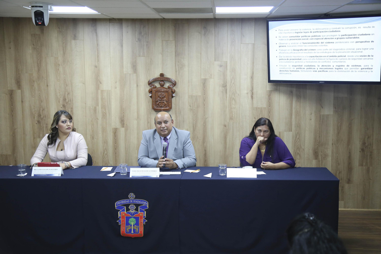 Rueda de prensa: Creación del Centro de Estudios e Investigaciones de Psicología Forense.