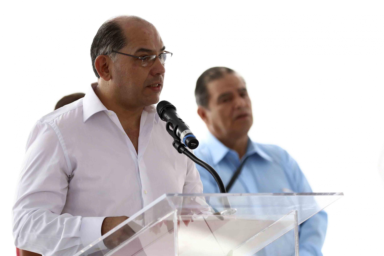 El doctor Sergio López Ruelas es el coordinador de Bibliotecas de la UdeG
