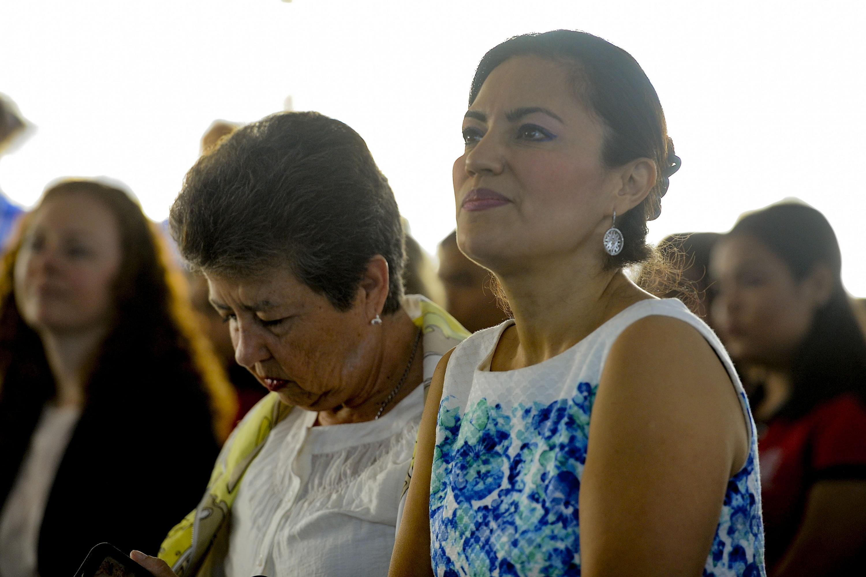 Asistentes de la lectura en voz alta de La feria, el Día mundial del libro, en homenaje a Juan José Arreola.
