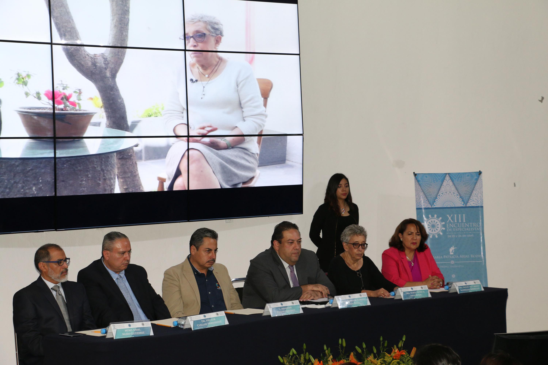 Mesa de presidio para la entrega del premio Tenamaztle 2018