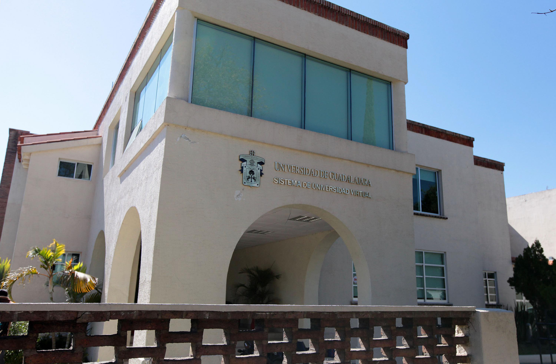 Fachada de las instalaciones de UDGVirtual, de la Universidad de Guadalajara.