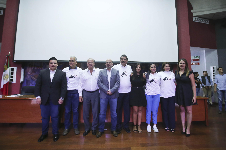 Candidatos al Gobierno de Guadalajara en el marco de los Foros Universitarios Nos van a escuchar, organizados por la Federación de Estudiantes Universitarios (FEU) de la UdeG y el Instituto Electoral y de Participación Ciudadana (IEPC).