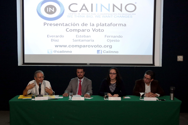 Presentadores de la plataforma comparovoto.org, que pretende ayudar y promover un voto mas responsable.