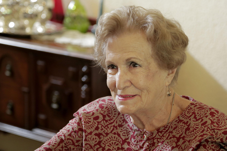 La maestra Leonor Montijo Beraud fue entrevistada en su residencia