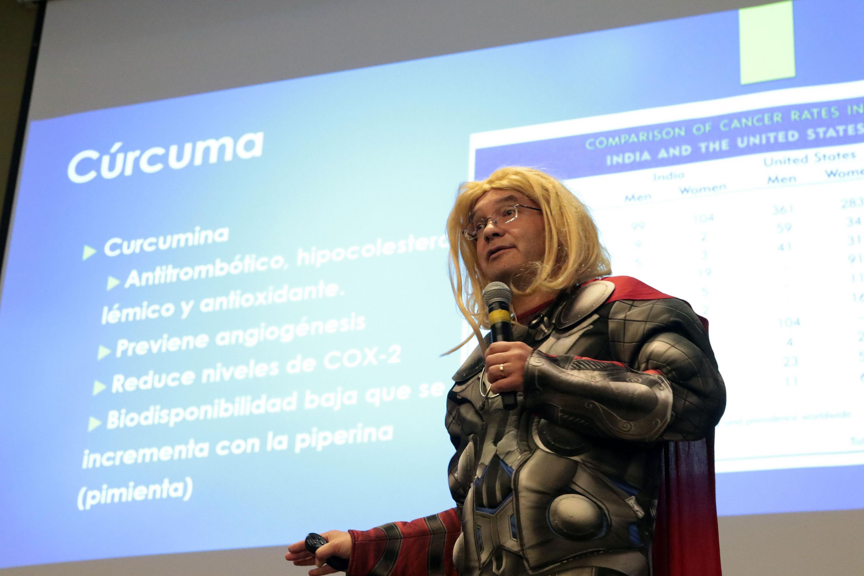 El doctor Sergio Gallegos hablo de los beneficios del Curcuma contra el cancer