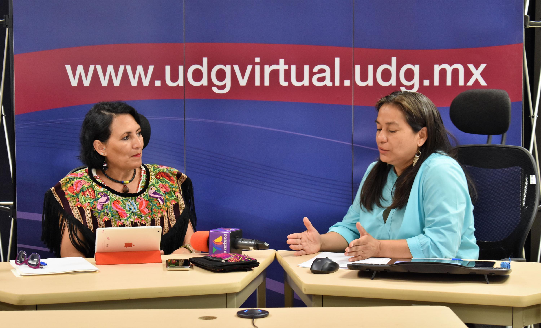 Doctora Dolores del Carmen Chinas Salazar, investigadora de UDGVirtual y profesora de la licenciatura en Seguridad Ciudadana, haciendo uso de la palabra.