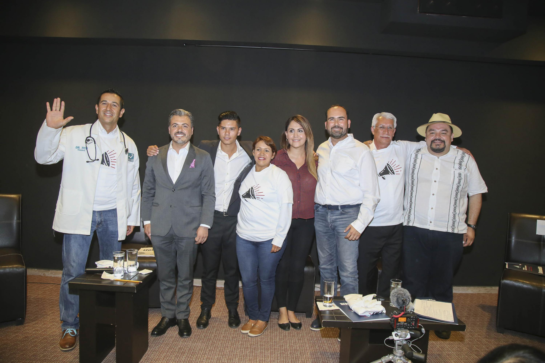 Candidatos invitados al Foro Universitario Nos van a escuchar celebrado en las instalaciones del plantel CUTonalá.