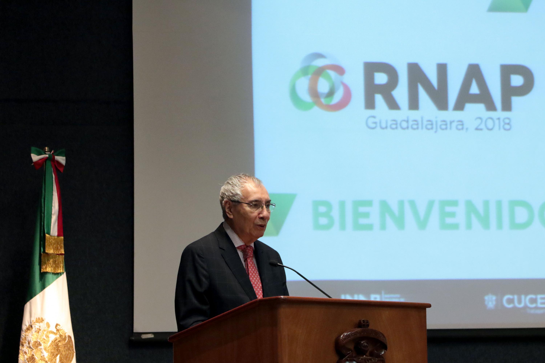 Director del Instituto de Investigaciones en Políticas Públicas y Gobierno de la UdeG, doctor Luis F. Aguilar Villanueva, participando en la Reunión Nacional de Administración Pública (RNAP)