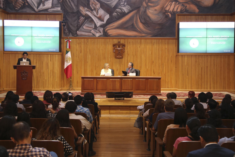 """Acto inagural de la conferencia """"Plasticidad celular en fisiología y patología"""", en el Paraninfo Enrique Díaz de León."""