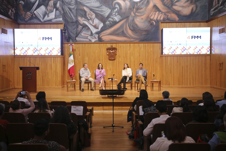 Ponentes y expertos del Cierre del Foro de Museos del MUSA, en el Paraninfo Enrique Díaz de León y el tema Prácticas en la evolución.
