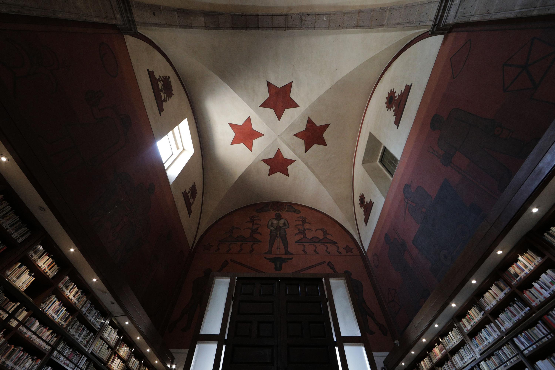 """Boveda con estrellas  del mural de la Biblioteca Iberoamericana """"Octavio Paz"""""""