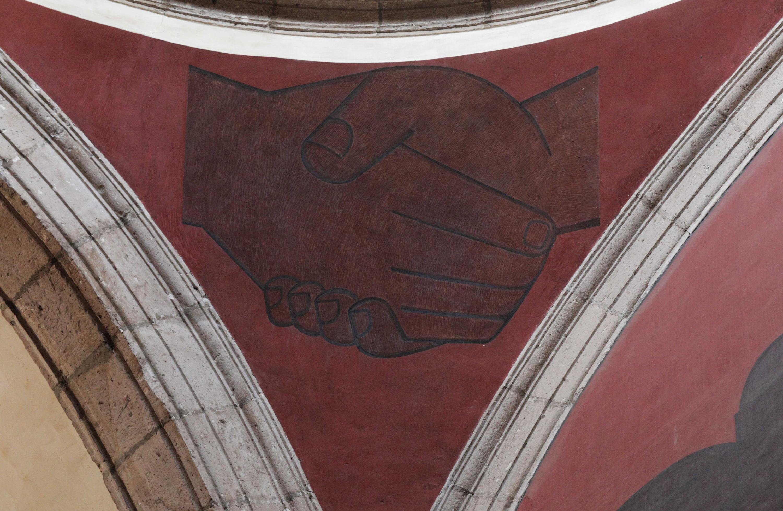 """Dos manos saludandose, detalle del mural de la Biblioteca Iberoamericana """"Octavio Paz"""""""