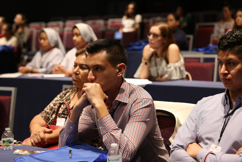 Público del Vigésimo Tercer Simposium Internacional de Geriatría y Gerontología Fray Antonio Alcalde.