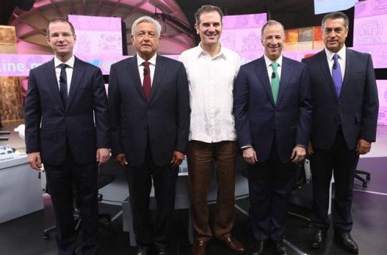 Candidatos presidenciales a la República Mexicana, después del debate.