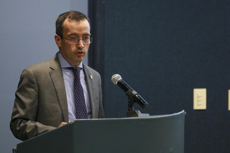 Doctor Carlos Iván Moreno Arellano, titular de la Coordinación General de Cooperación e Internacionalización (CGCI), haciendo uso de la palabra.
