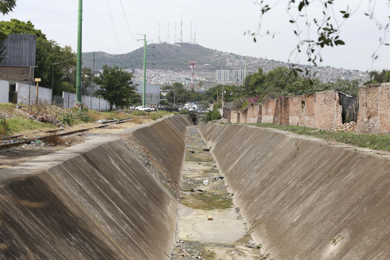 Canal del Rio San Juan de Dios.