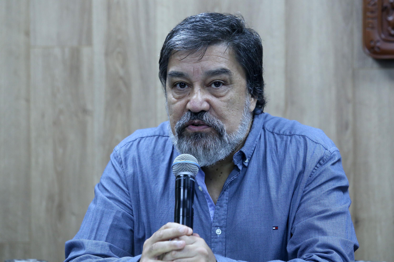 El doctor Alejandro Canales Cerón es profesor investigador del Departamento de Estudios Económico Regionales de CUCEA